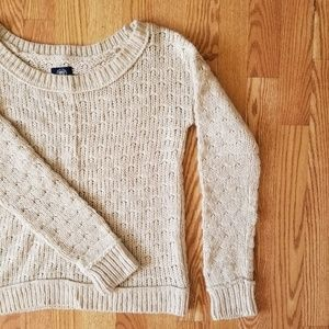 ❤ American Eagle round neck sweater
